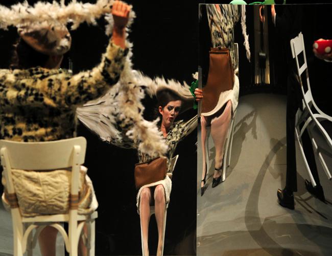 susanna schnell `das kind und die zauberdinge´ l theater freiburg ll mourice korbel