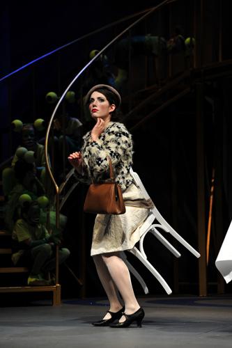 susanna schnell `das kind und die zauberdinge´ l theater freiburg l l mourice korbel